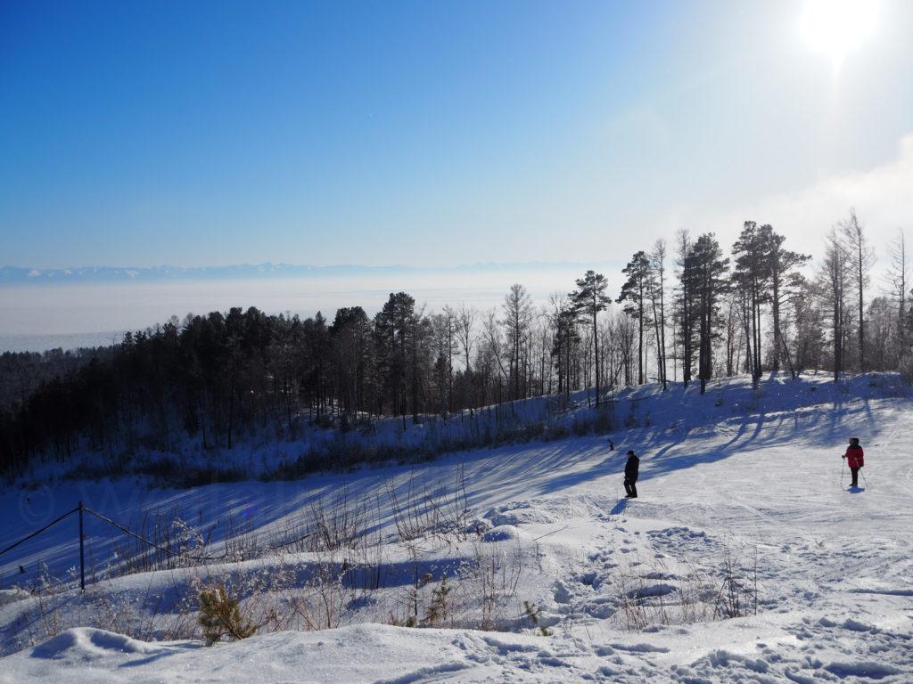 Listwjanka Baikalsee Skigebiet Aussicht Winter Schnee