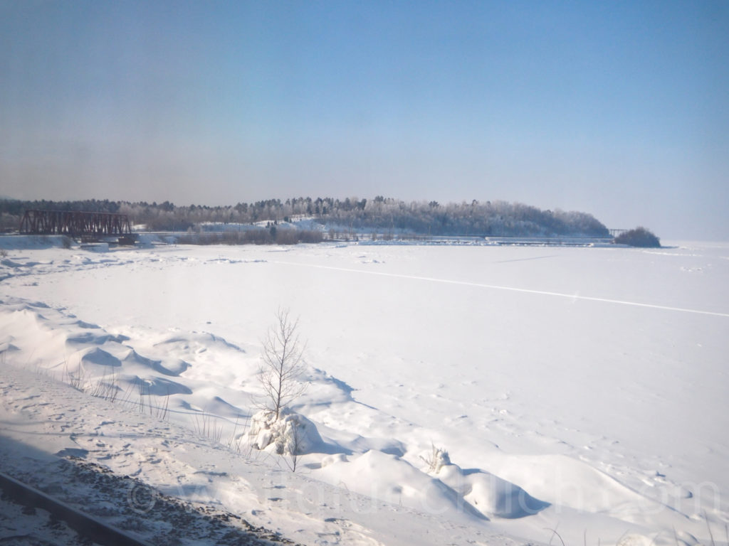 Transsib Transsibirische Eisenbahn Baikalsee Winter Bruecke