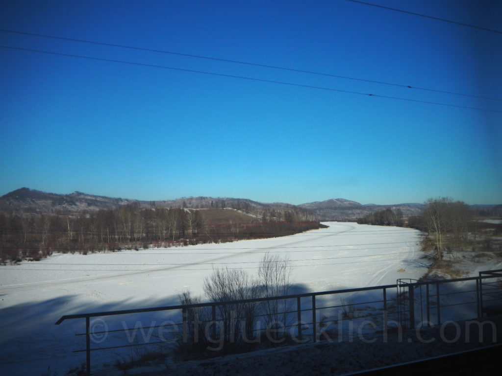 Weltreise 2020 Transsib Transsibirische Eisenbahn Sibirien Winter Fluss