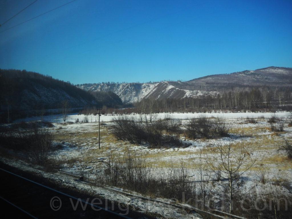 Weltreise 2020 Transsib Transsibirische Eisenbahn Sibirien Winter Kurve Landschaft