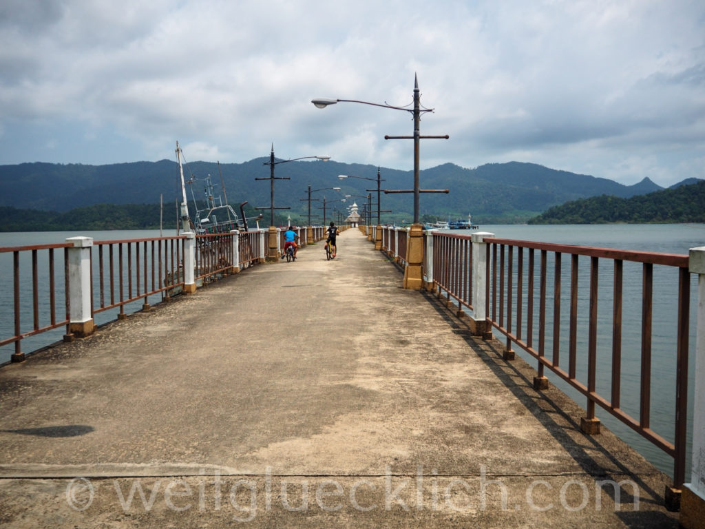 Weltreise Thailand Koh Chang Salak Phet Baan Salak Petch Pier Lost Place