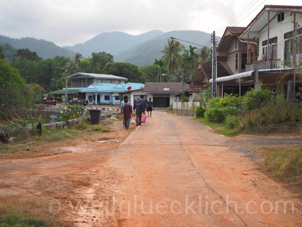 Weltreise Thailand Koh Chang Dan Mai village Dorf