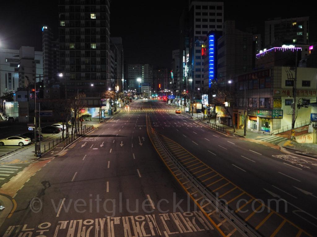 Weltreise 2020 Suedkorea Seoul bei Nacht Hongdae
