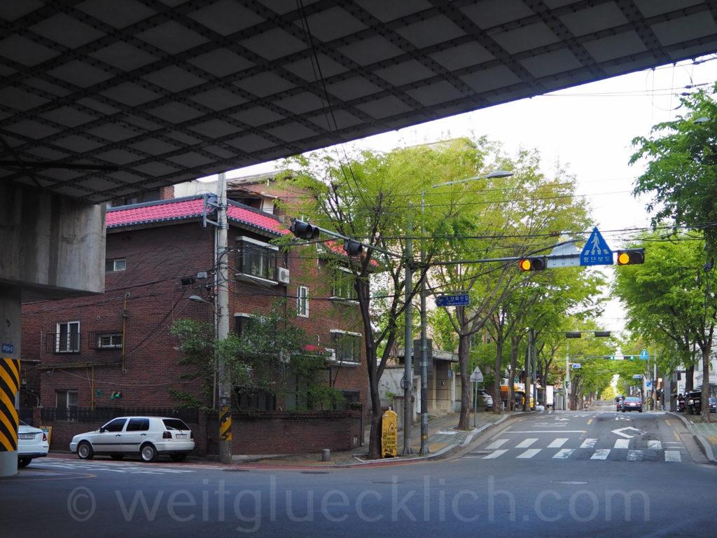 Weltreise 2020 Suedkorea Seoul mapo-gu traditional house highway