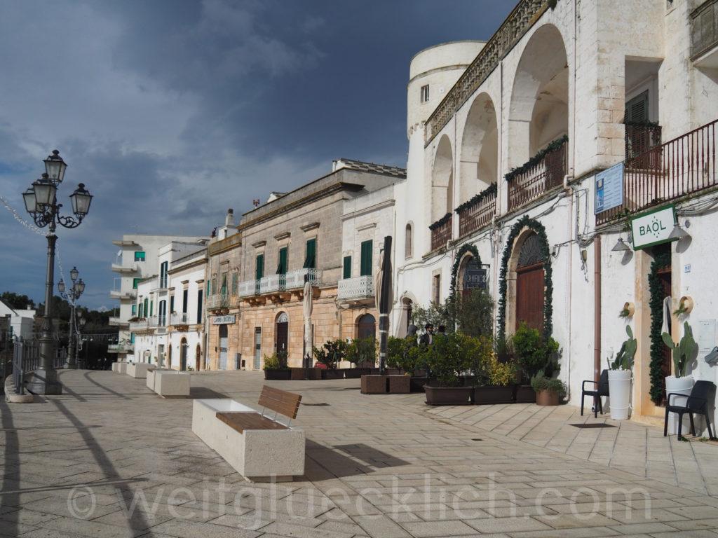 Weltreise 2020 Italien Apulien Valle d'Itria Cisternino Promenade