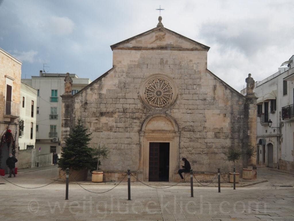 Weltreise 2020 Italien Apulien Valle d'ItriaTrulli Locorotondo Basilika