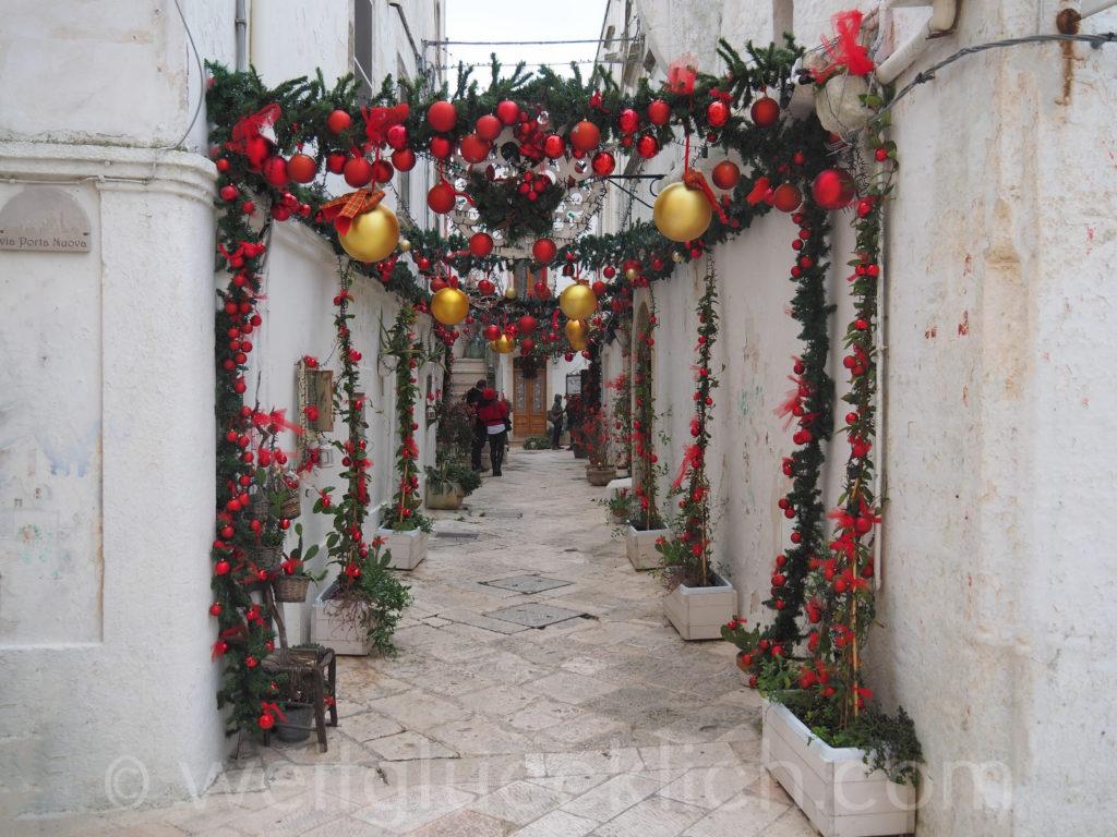 Weltreise 2020 Italien Apulien Valle d'ItriaTrulli Locorotondo Weihnachten Schmuck