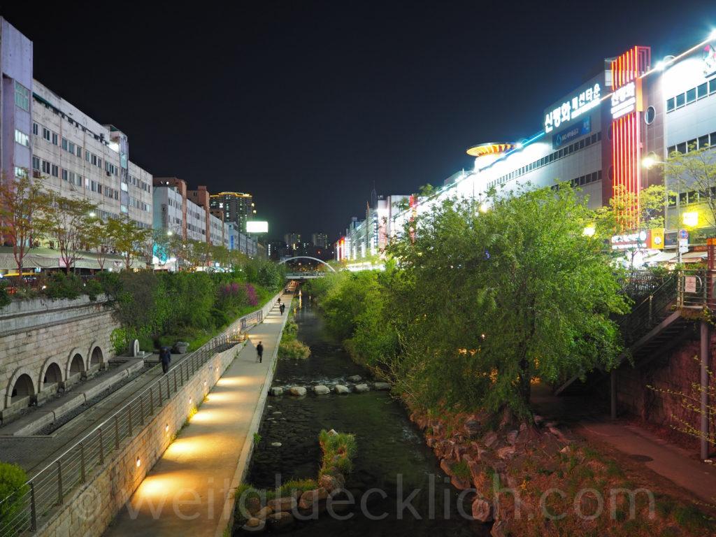 Weltreise 2020 Suedkorea Seoul Dongdaemun Market Cheonggyecheon stream