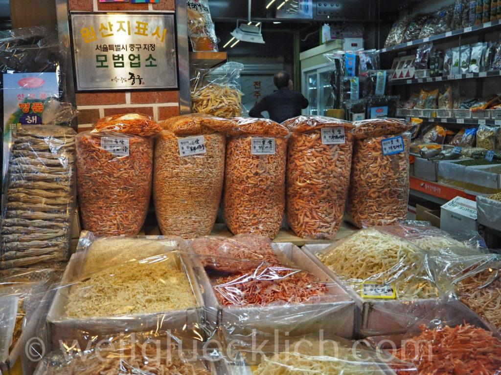 Weltreise 2020 Suedkorea Seoul Gwangjang Market Jungbu Dried Seafoods Market