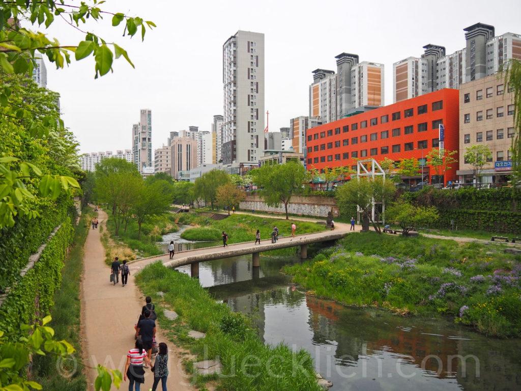 Weltreise 2020 Suedkorea Seoul Cheonggyecheon stream Sinseol-dong