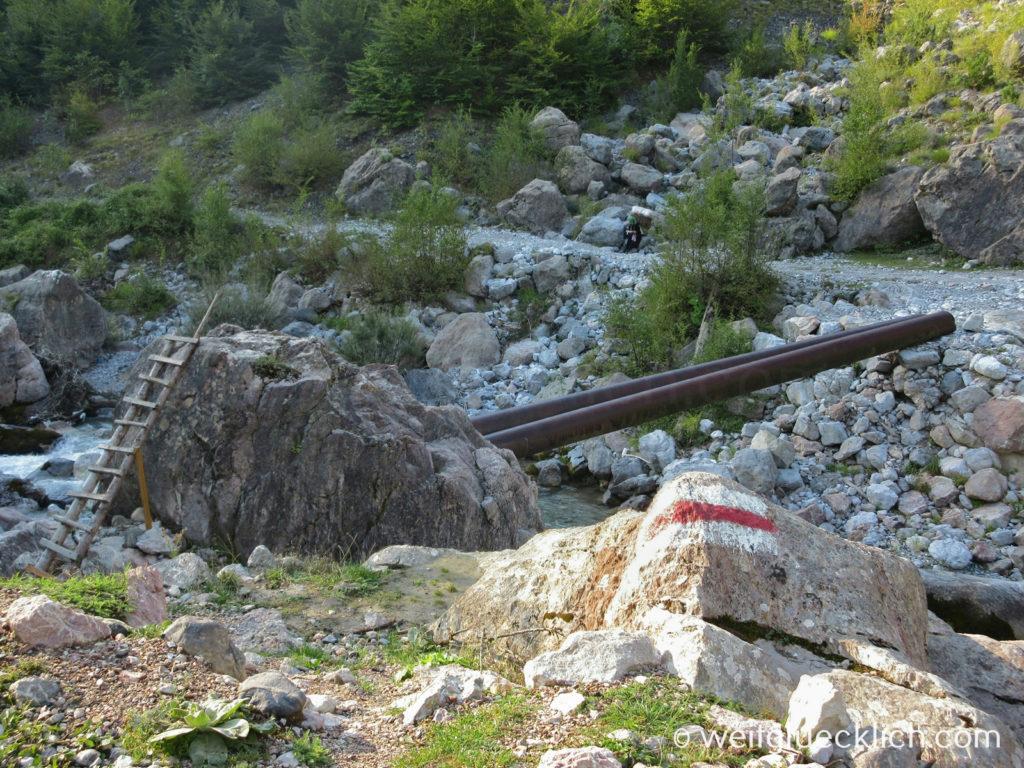 Peaks of the Balkans Montenegro Albanien Theth Bruecke