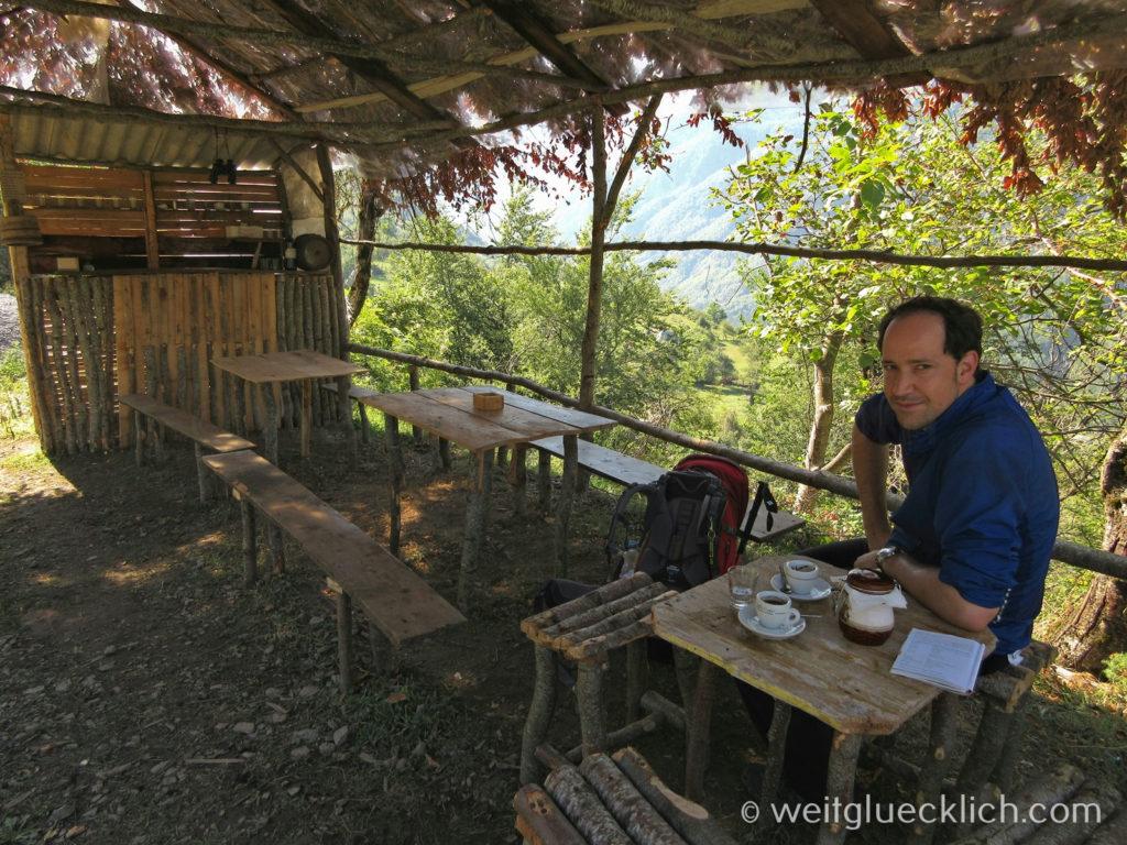 Peaks of the Balkans Montenegro Albanien Bar in den Bergen