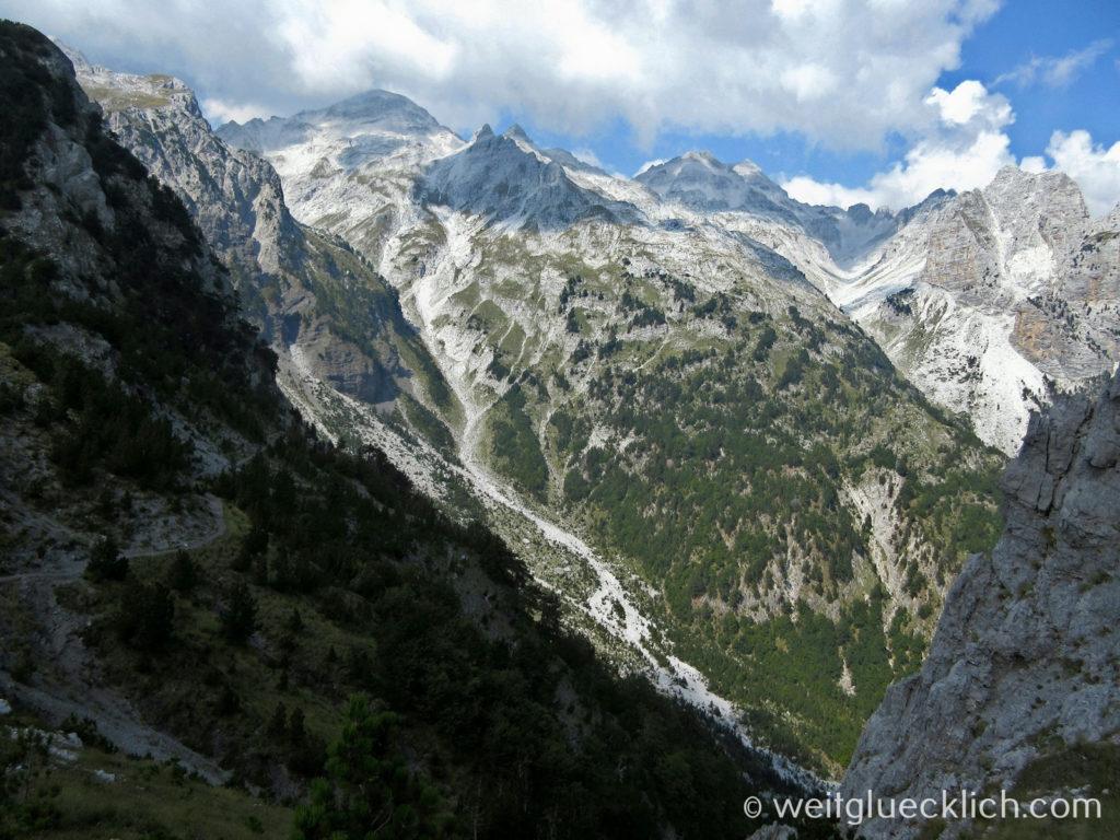 Peaks of the Balkans Albanien Valbona Pass Aussicht