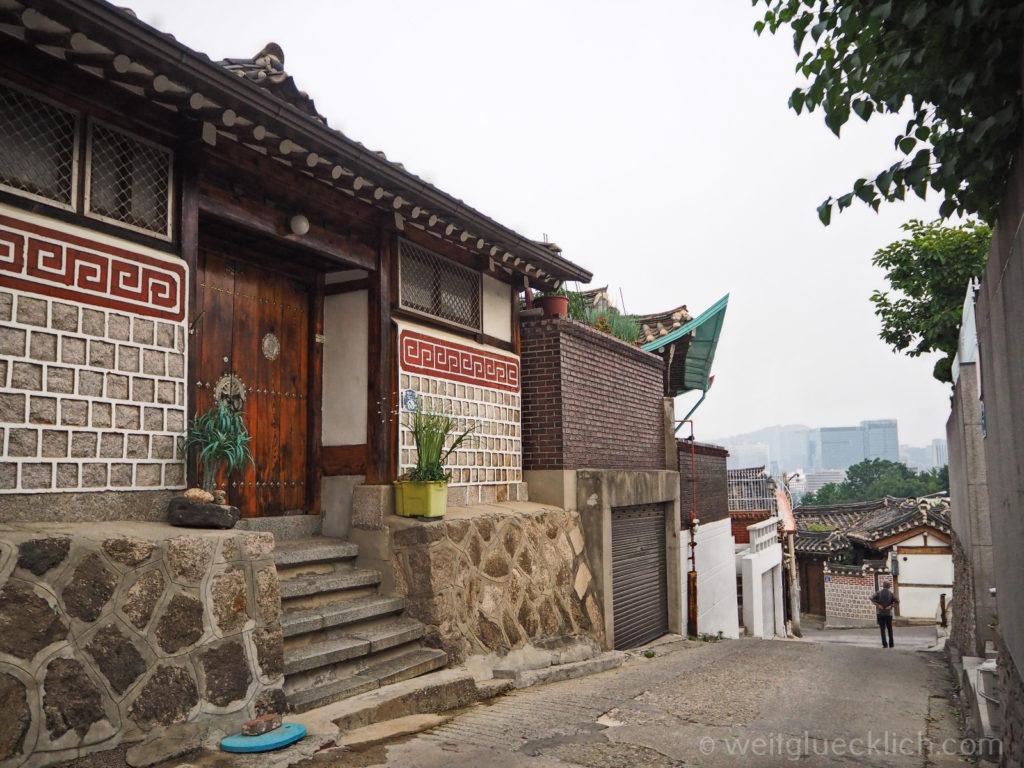 Weltreise 2020 Suedkorea Seoul Sightseeing Bukchon Hanok Village Wohnhaus