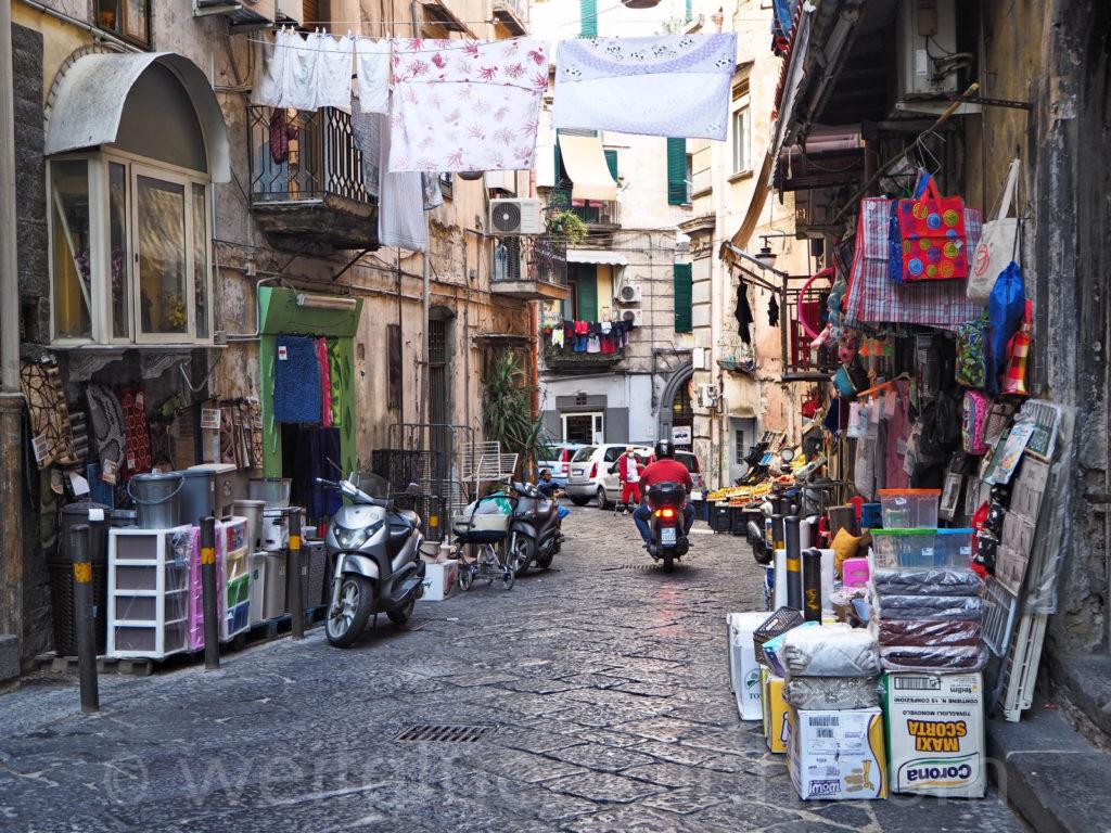 Weltreise 2020 Italien Neapel Straßenszene