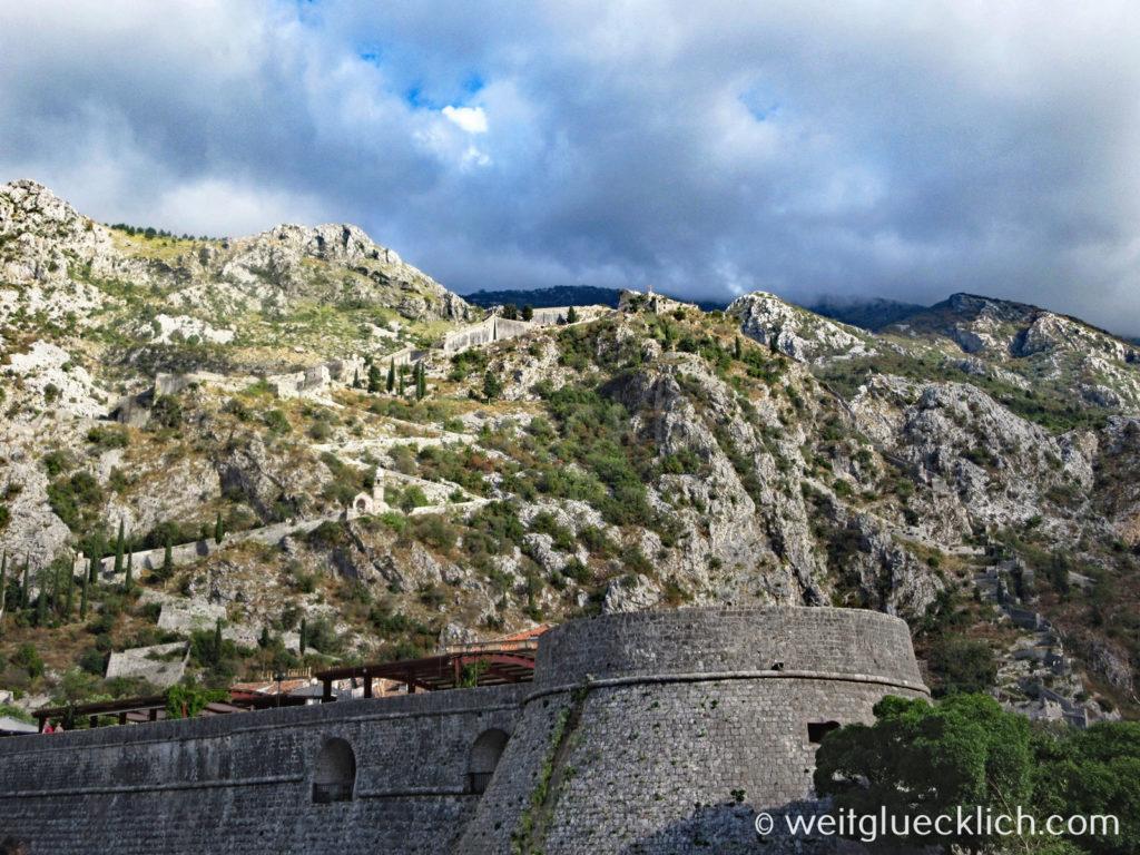 Montenegro Kotor Festung San Giovanni Stadtmauer