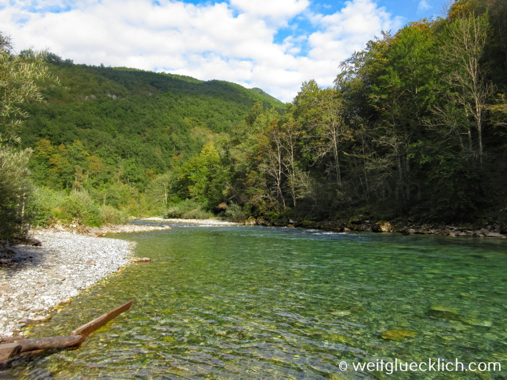 Montenegro Durmitor Nationalpark Tara Schlucht Fluss klares Wasser