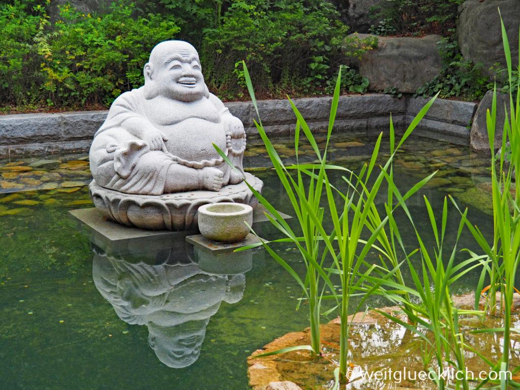 Weltreise 2020 Suedkorea Seoul Gangnam-gu Bongeunsa Tempel Buddha