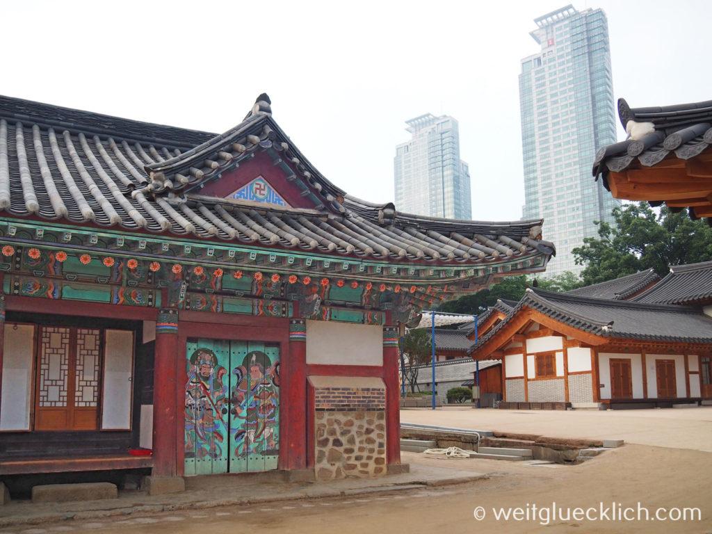 Weltreise 2020 Suedkorea Seoul Gangnam-gu Bongeunsa Tempel Hanok